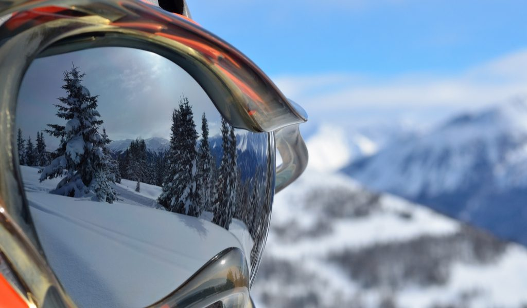How to Store Ski Goggles
